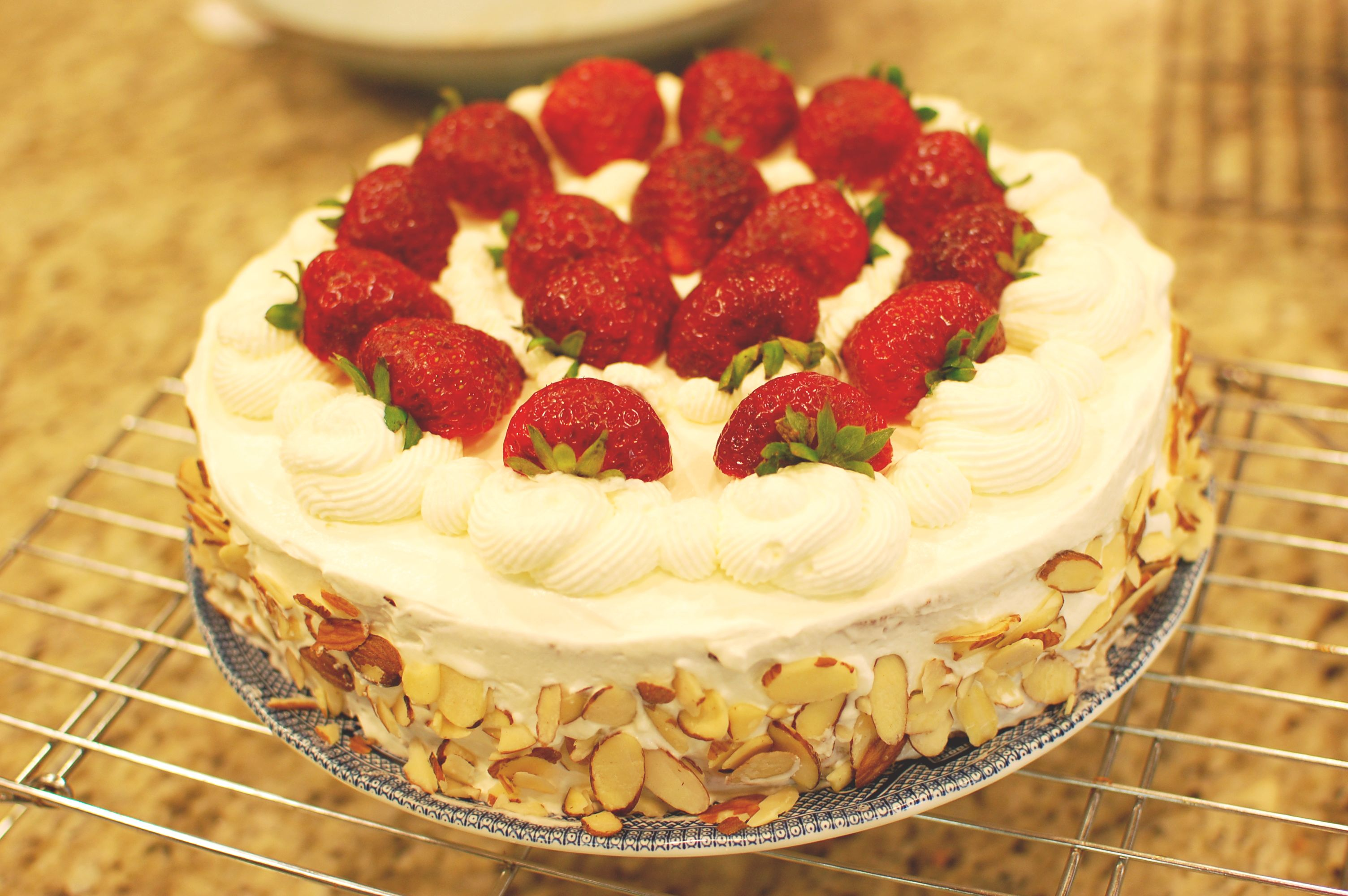 Japanese Strawberry Cake (a.k.a. Chinese Birthday Cake) — The 350 ...