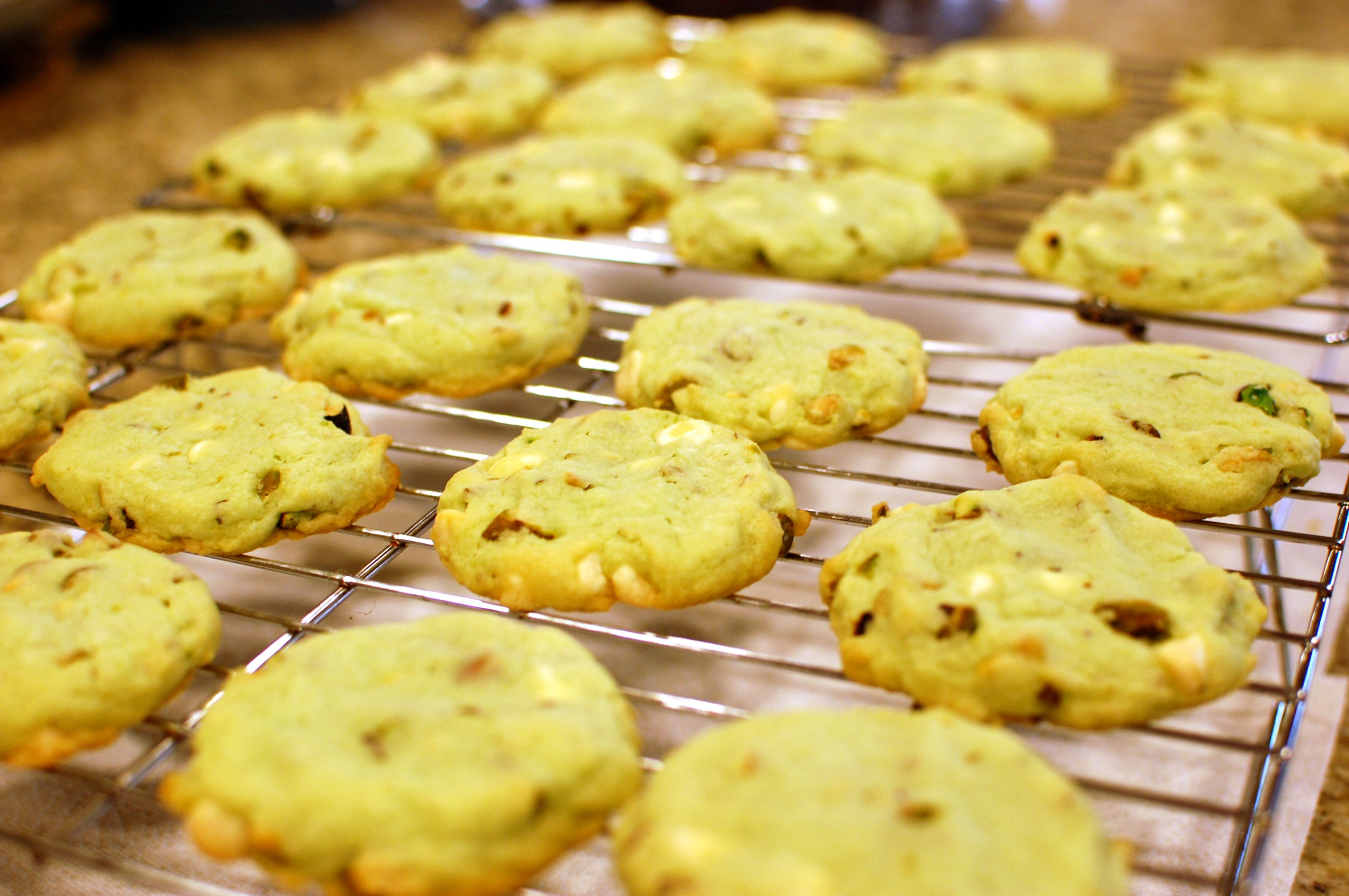 : Cookies & Bars Tagged With: pistachio white chocolate chip cookies ...