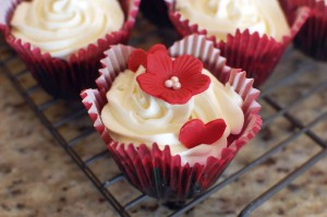 Red Velvet Cupcakes 2.0 (the ULTIMATE recipe!!!!)