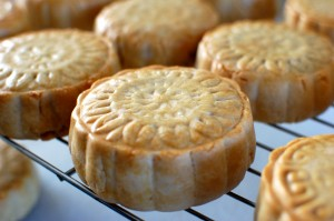 Mung Bean Mooncakes (Made with mooncake press/mold)