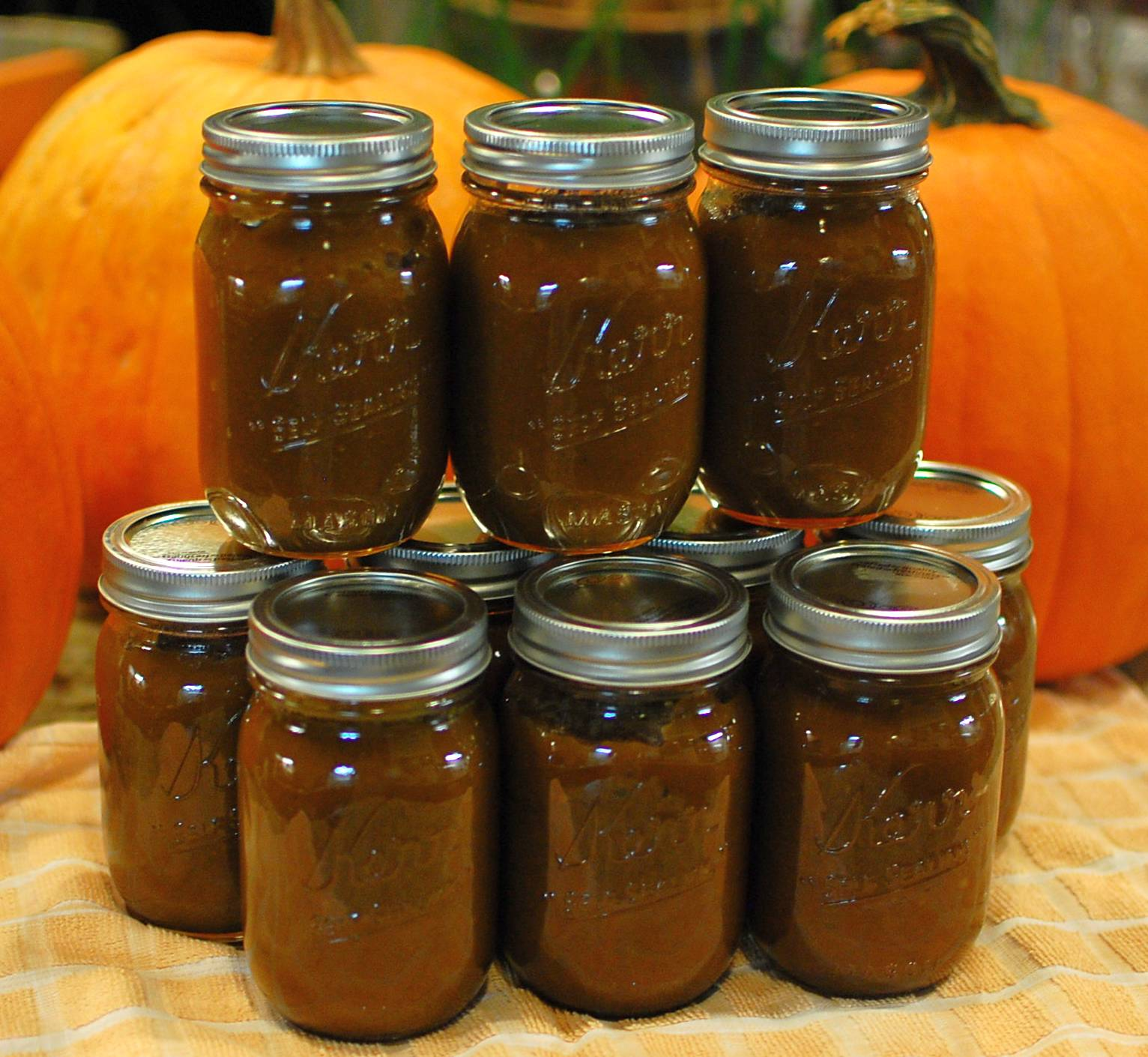 Field Pumpkin Butter (Making Pumpkin Butter from leftover ...