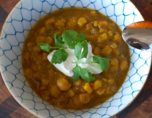 Pumpkin & Chicken Chili... a warm and hearty fall stew!