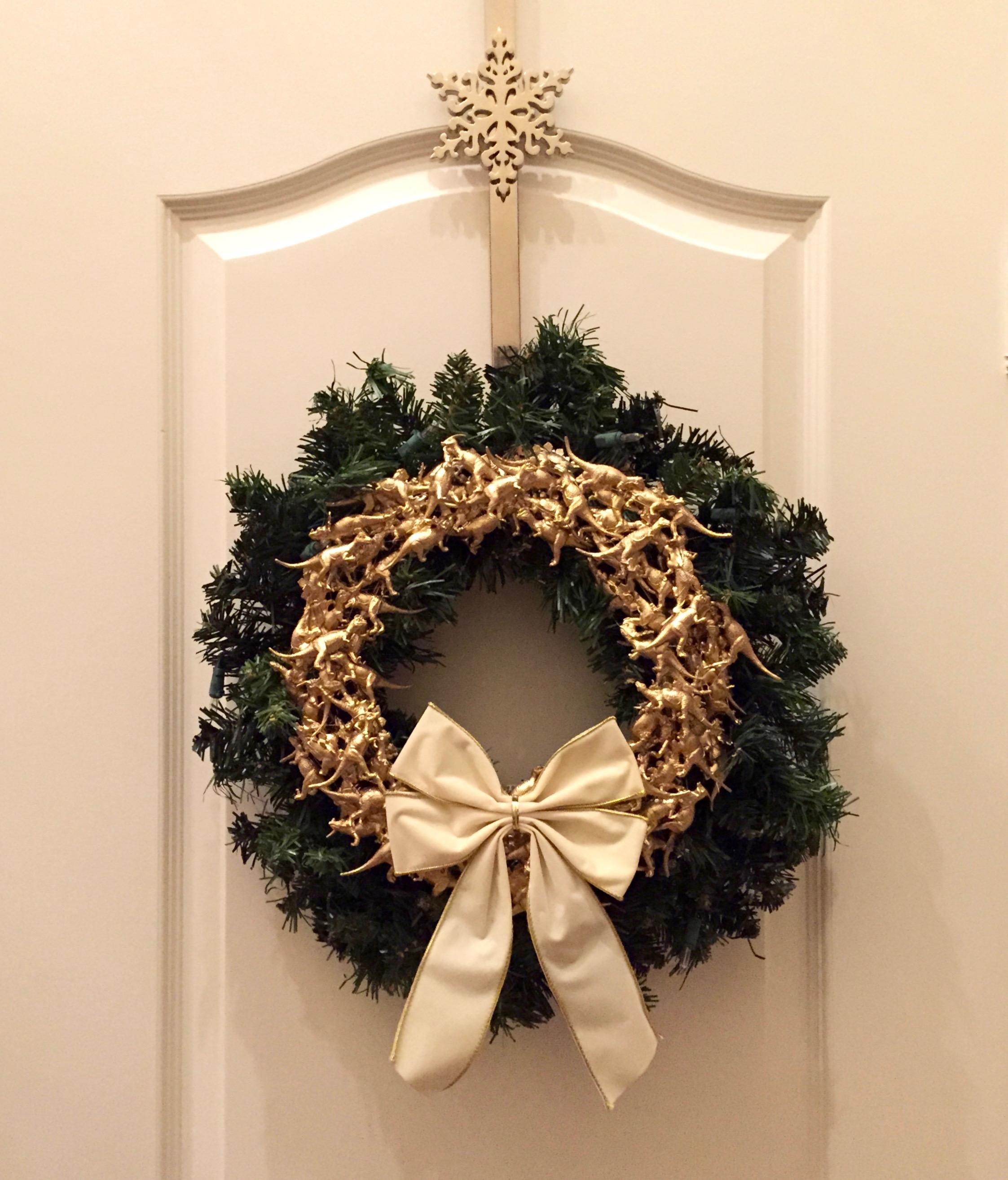 Metallic dinosaur christmas ornaments dinosaur wreath for 180 degrees christmas decoration